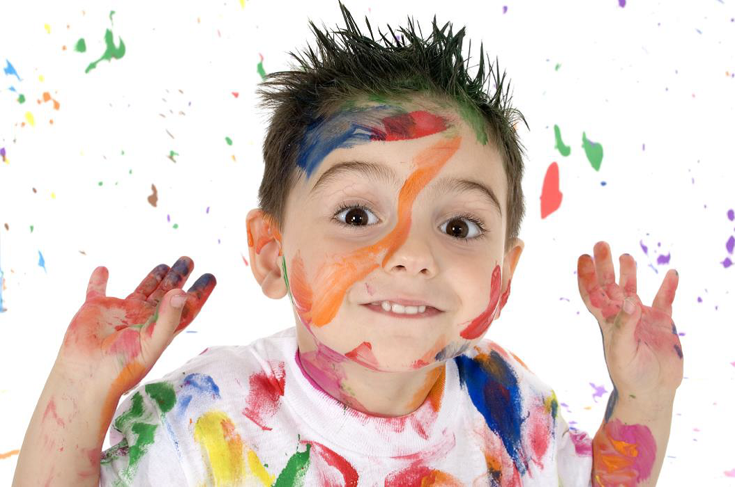 Picture of child playing with paint